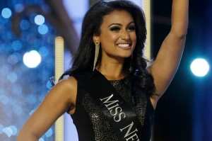 8589130452490-nina-davuluri-miss-america-wallpaper-hd
