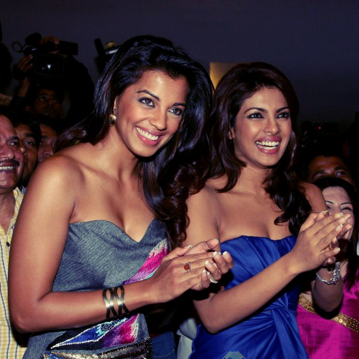 priyanka-chopra-and-mugdha-godse-at-the-music-7718